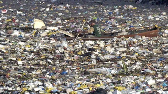 plastic bank waste
